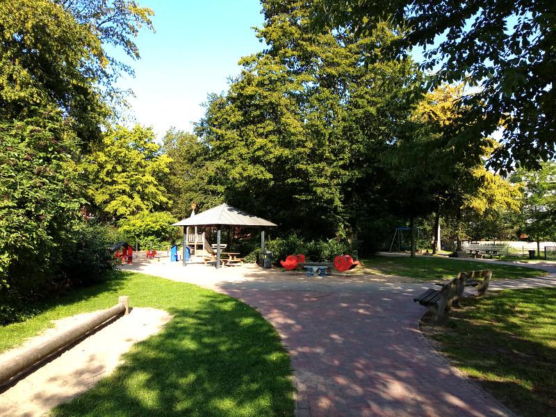 Spielplatz Friedrichsberger Strasse
