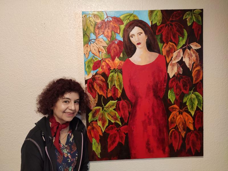 Carolina-Villagra-Roth mit Bild Frau im roten Kleid